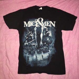 Tops - Of Mice & Men t-shirt